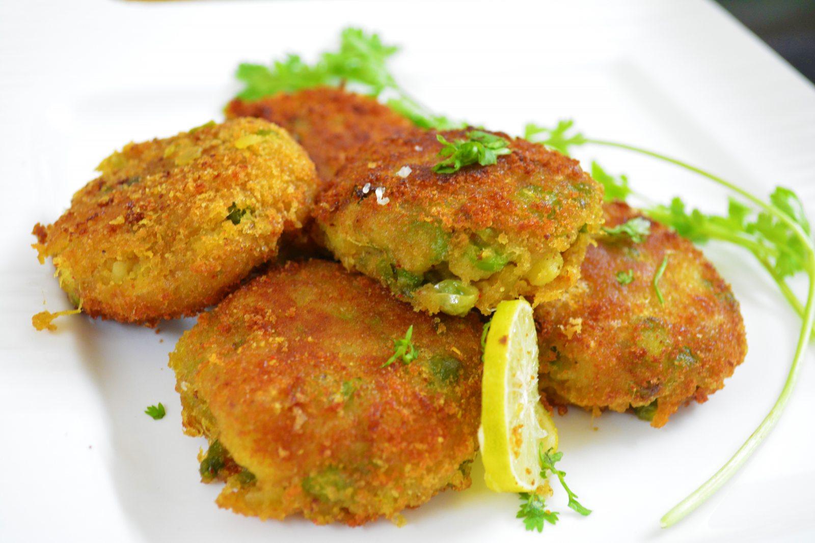Aalu Or Mong Phali Ki Tikki Recipe
