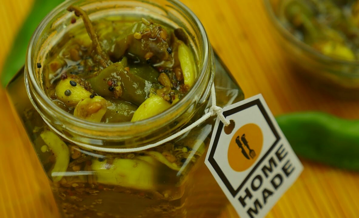 Instant Green Chili & Garlic Pickle