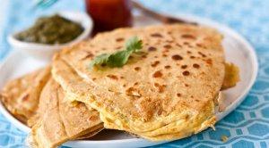 Anday Ka Paratha (Egg Paratha)