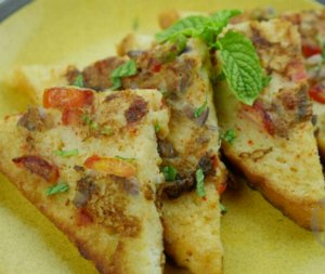 Masala Omelette French Toast